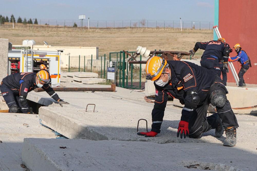 İzmir depremi kahramanlarının zorlu eğitimi (AFAD gönüllüsü nasıl olunur?) - 11