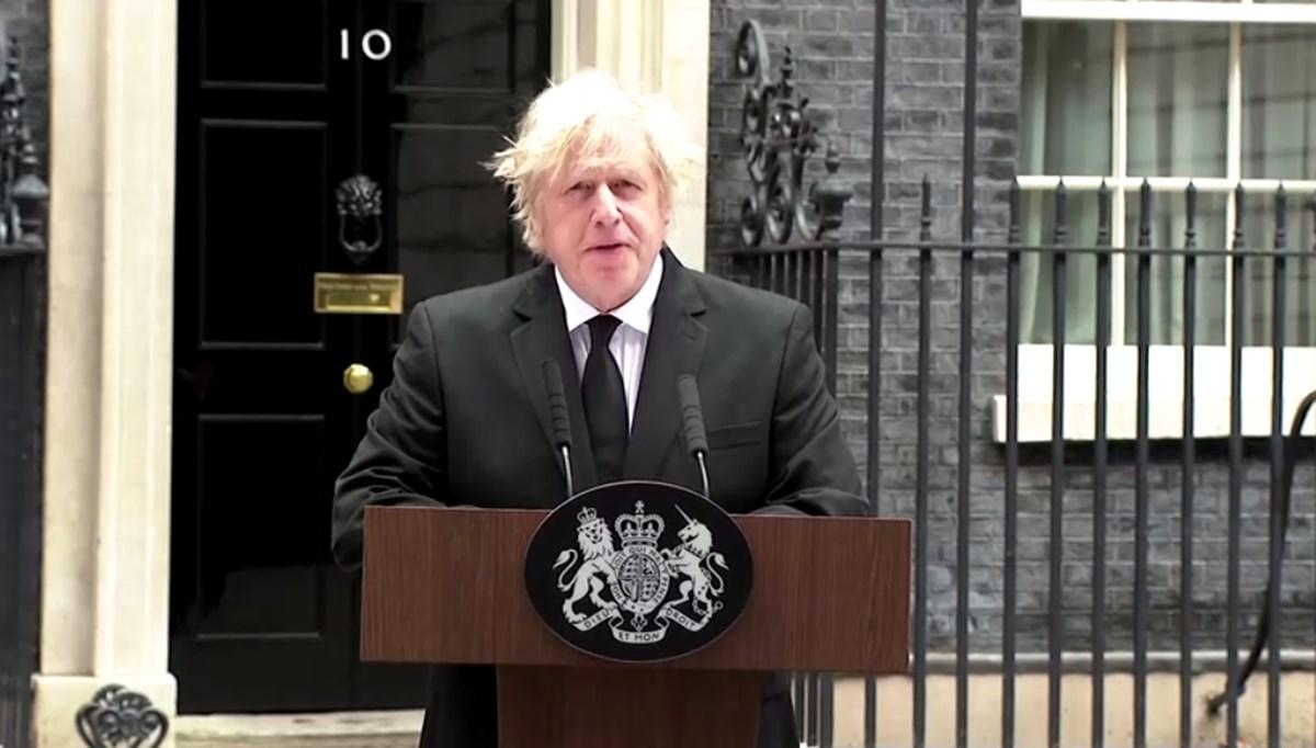 Prens Philip'in ölüm ilanı sırasındaki 'pejmürde' görünümü nedeniyle Boris Johnson'a tepki