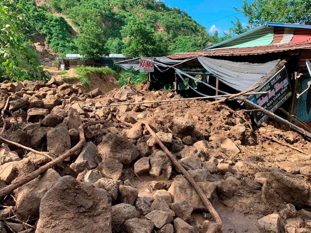 Vietnam'ı tayfundan sonra toprak kayması vurdu: 35'e yükseldi - 3