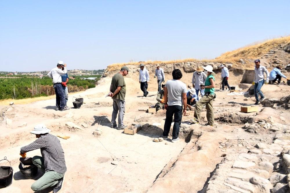 Malatya Arslantepe'de 5 bin 621 yıllık 250 mühür bulundu - 8