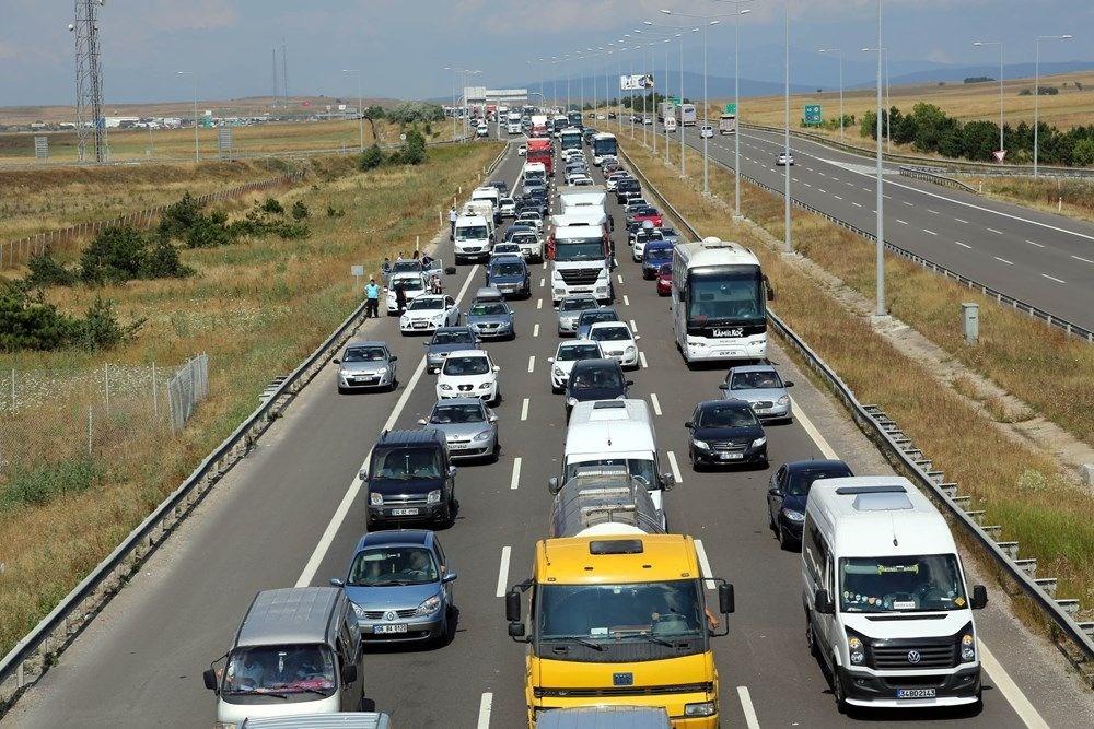 Bayram yolculuğunda şoförlerin dikkat etmesi gerekenler - 14