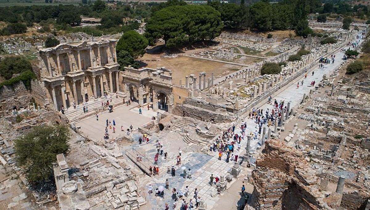 Efes Antik Kenti'nde ziyaretçi sayısı 7 ayda 340 bini aştı