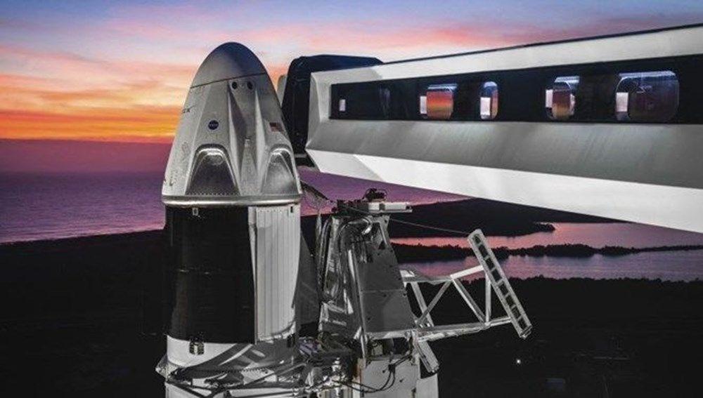 Elon Musk insanlı Mars görevi için tarih verdi - 2