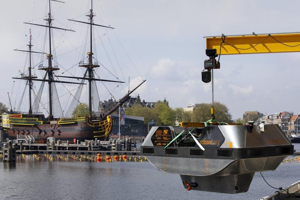 Sürücüsüz gezi teknesi tanıtıldı: Robot tekne - 3
