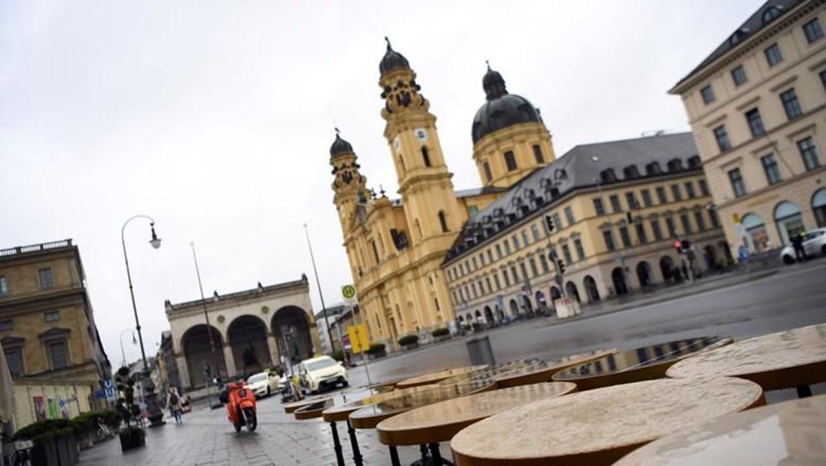 Almanya: İki doz aşı olanlar ve Covid geçirenler kısıtlamalardan muaf olacak