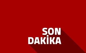 Eski Yunan Başbakanı Lukas Papadimos bombalı saldırıda yaralandı