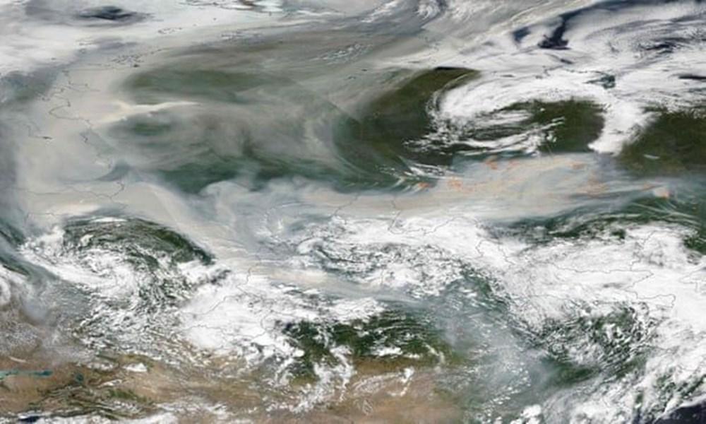 NASA duyurdu: Sibirya'daki yangınların dumanları tarihte ilk kez Kuzey Kutbu'na ulaştı - 4