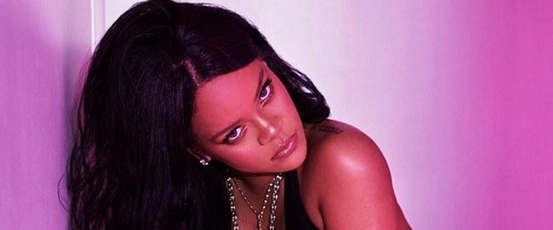 Rihannadan New York Moda Haftasında iç çamaşırı defilesi