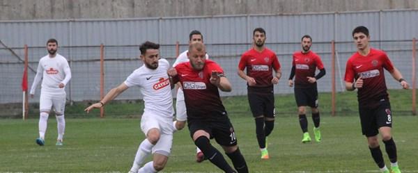 TFF 3. Lig maçında 12 gollü beraberlik (Gölcükspor-Pazarspor)