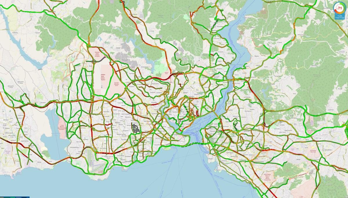 İstanbul trafiğinde yoğunluk yüzde 80'i aştı (İstanbul trafik durumu)