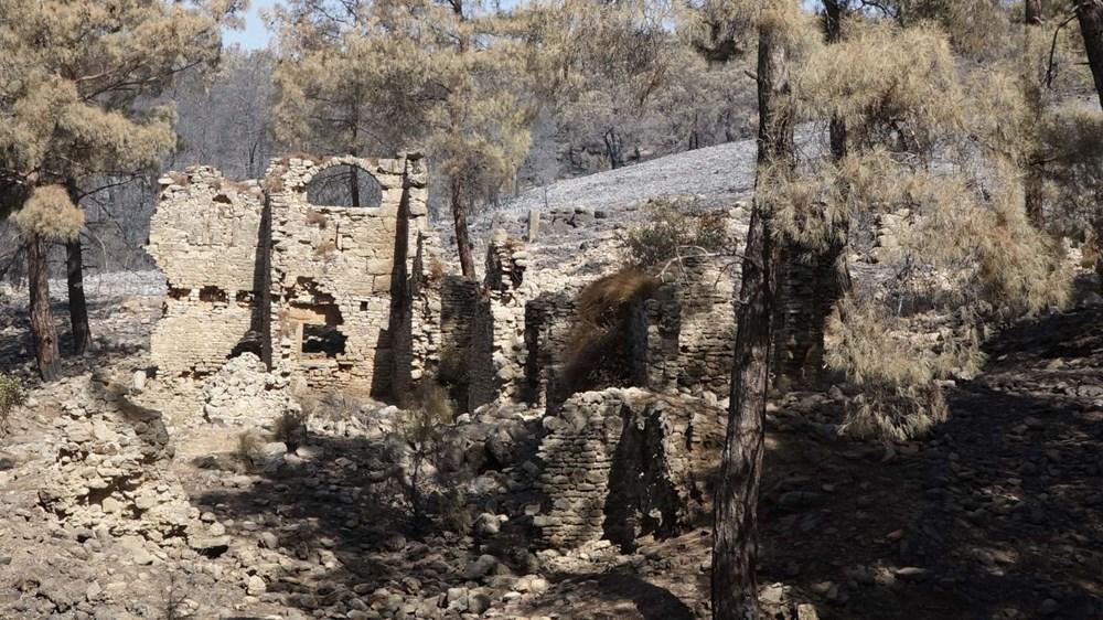 Yangın Lyrbe'yi de vurdu: Antik kent küle döndü - 5