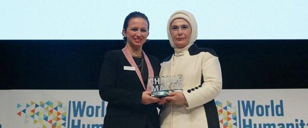 Emine Erdoğan'a ödül