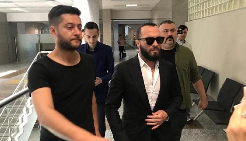 Berkay duruşmayakatılırken, Arda Turan'ın avukatları hazır bulundu.