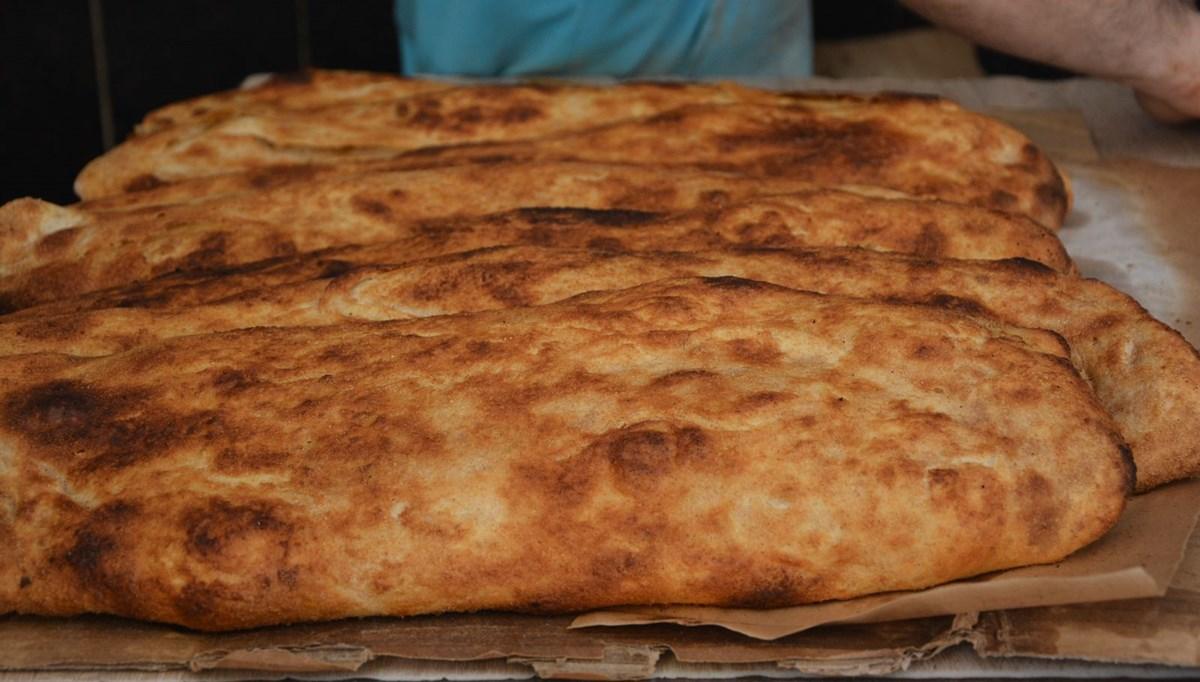 Afyonkarahisar'ın damak çatlatan lezzeti: Haşhaşlı tahinli pide