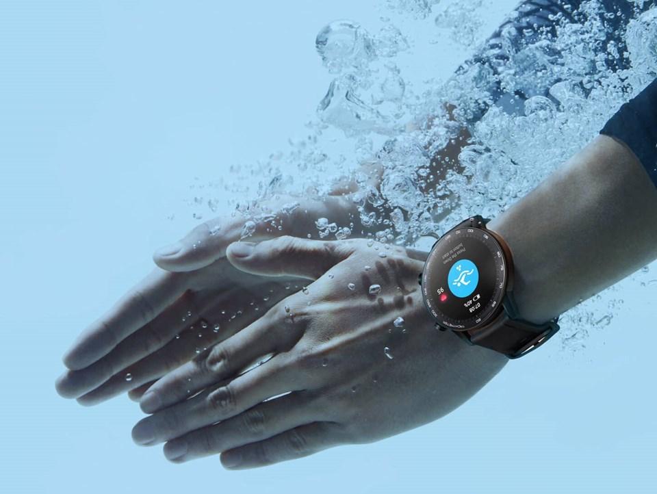 50 metreye kadar suya dayanıklılık sunan Honor Magic Watch 2 suyun altında da kullanıcısının kalp ritmini ölçebiliyor.