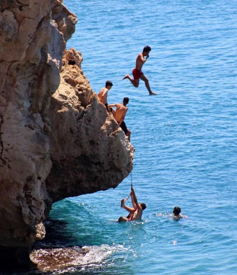 Antalya sahillere akın etti - 6