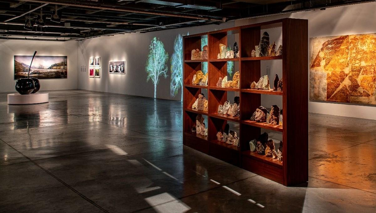 Farklı kuşaklardan 30 sanatçının 40 eseri İstanbul Modern'de