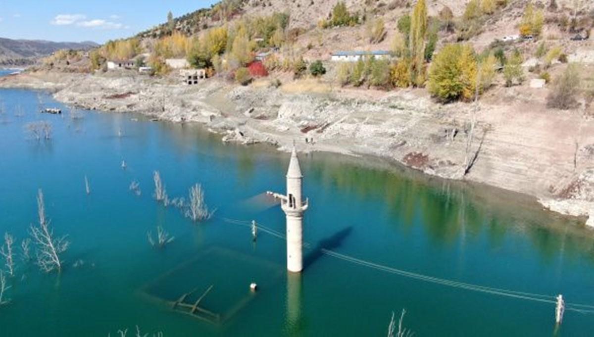 Sulara gömülen köy 12 yıl sonra ortaya çıktı