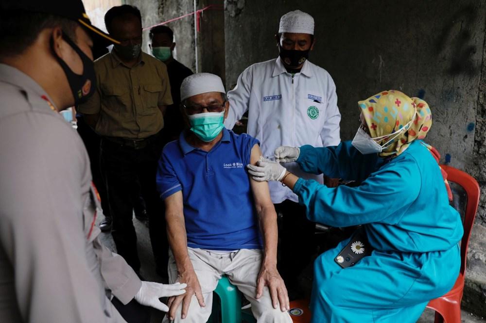 Hollanda'da ringa balığı, Adana'da kebap: Ülkelerin ilginç aşı teşvikleri - 11