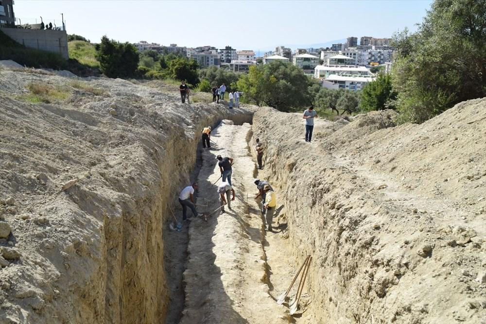 Kuşadası'nda inşaat alanındaki sondajda Milattan Önce 1'inci yüzyıla ait su kemeri bulundu - 4