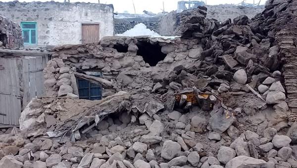Van'da yıkıcı etki yaratan depremi Prof. Dr. Okan Tüysüz NTV'de değerlendirdi