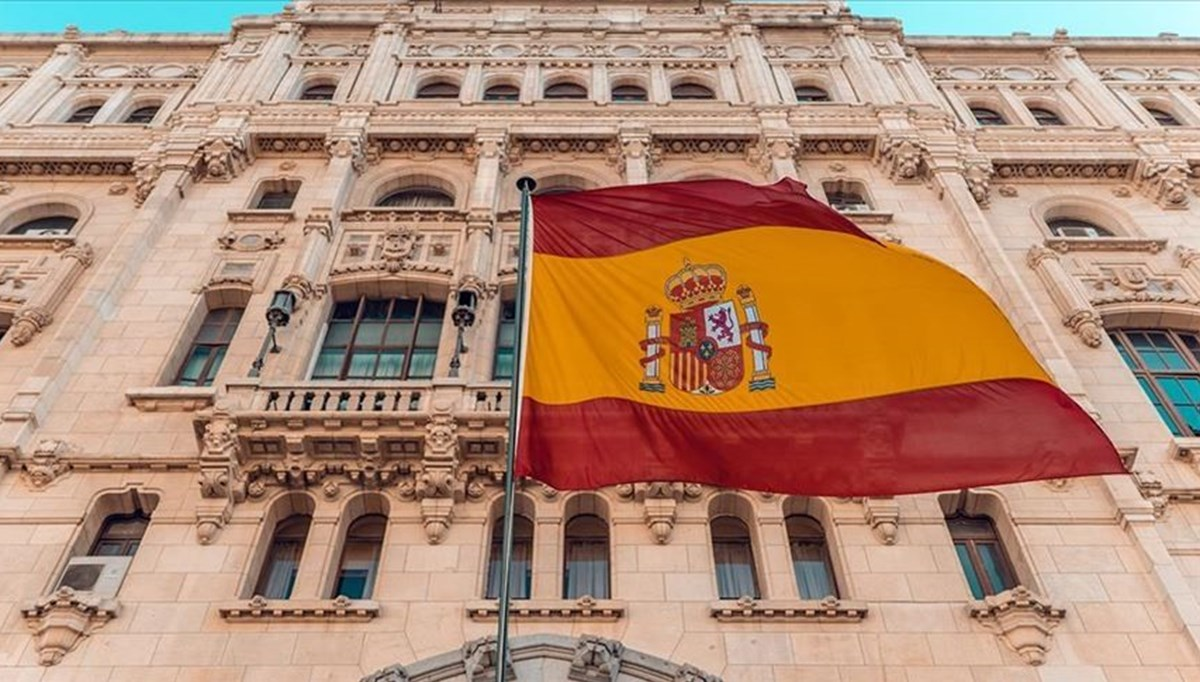 Cabinet reshuffle in Spain