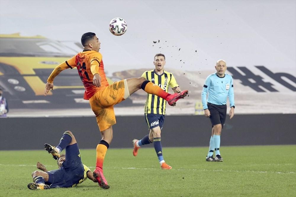 Derbide kazanan Galatasaray - 23