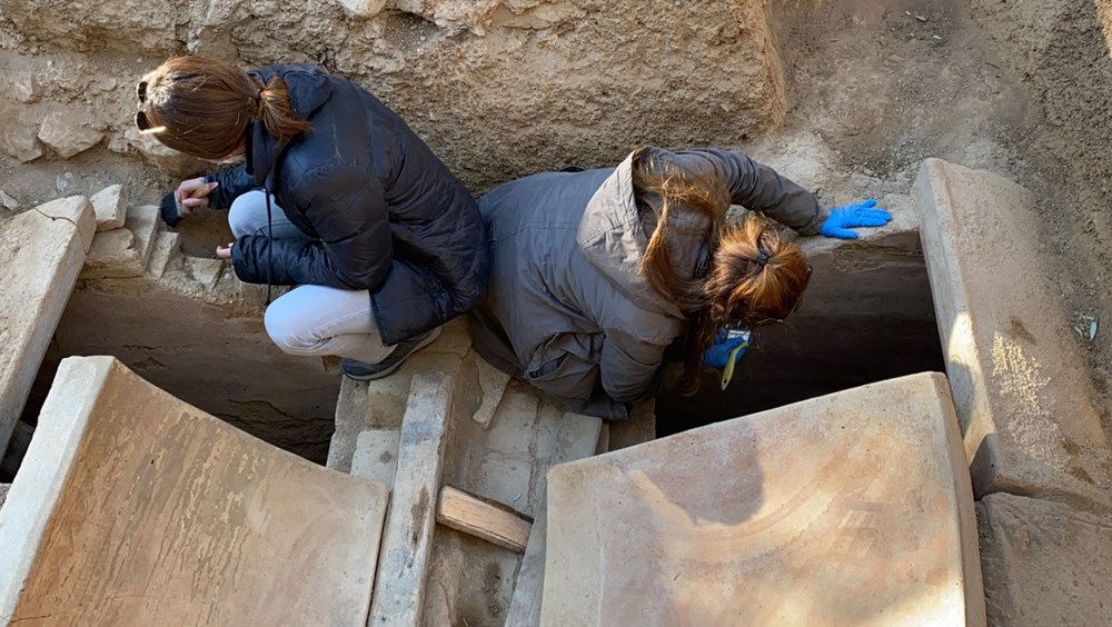 İznik'teki lahit mezarlarında 1500 yıllık mesaj bulundu - 6