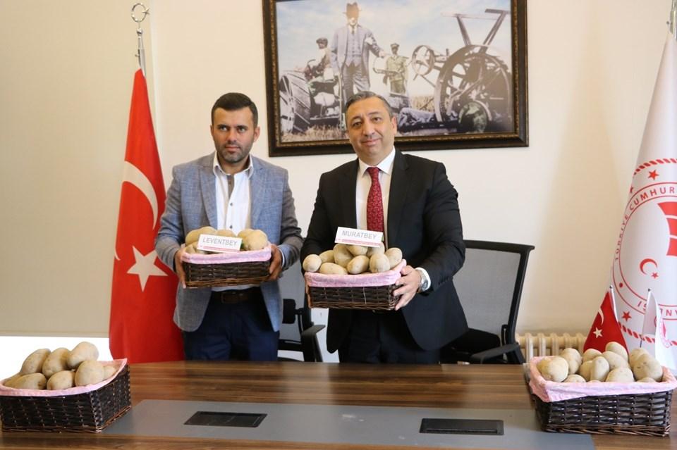 Selanik Tohumculuk Yönetim Kurulu Başkanı Kemal Bengi-Niğde Patates Enstitü Müdürü Uğur Pirlak