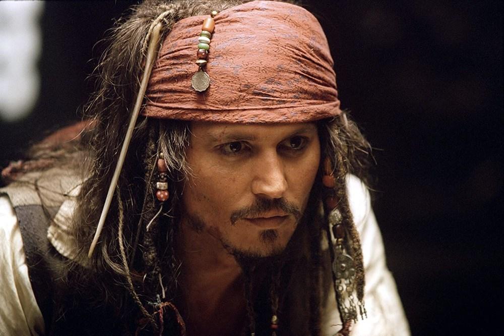 Johnny Depp tahtını Margot Robbie'ye kaptırabilir (Karayip Korsanları hakkında her şey) - 1