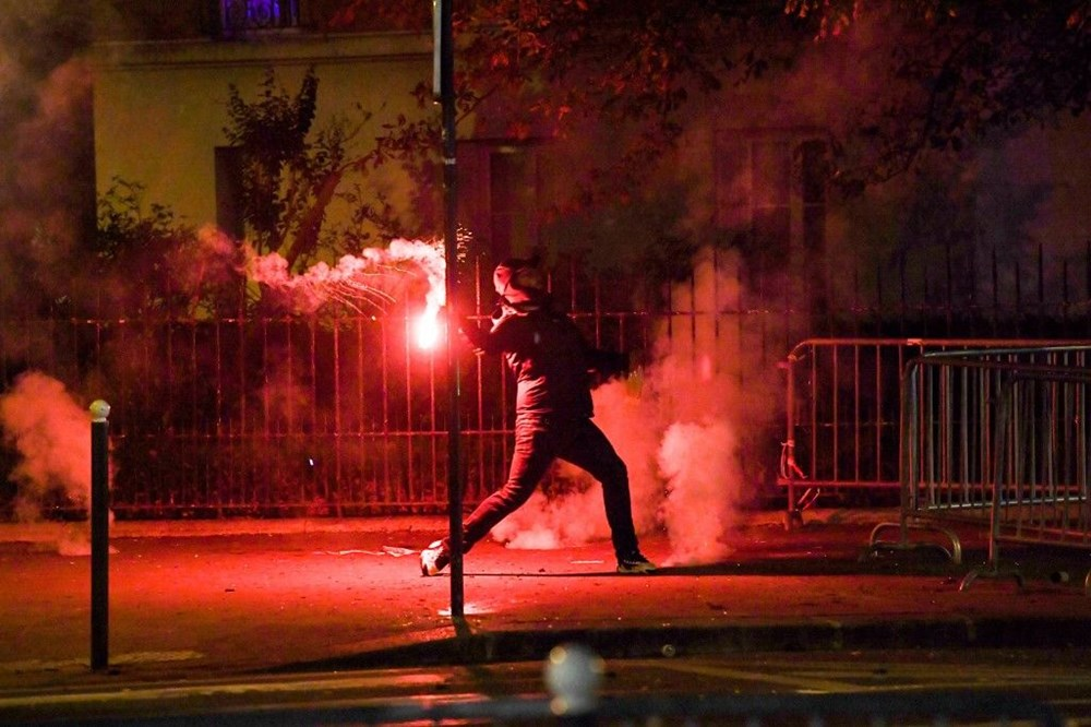 PSG finali kaybetti, Paris karıştı: 83 gözaltı - 7