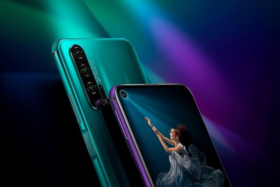 6.26 inç ekrana sahip olan Honor 20, 2340x1080 piksel ekran çözünürlüğü sunuyor.