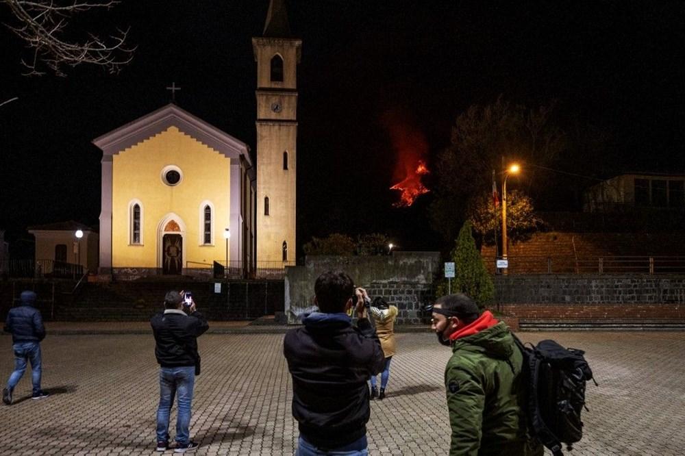 Etna Yanardağı, son bir haftada 6 kez faaliyete geçti - 3
