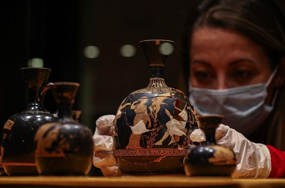 Tarihi 'parfüm şişeleri' ilk kez sergileniyor - 9