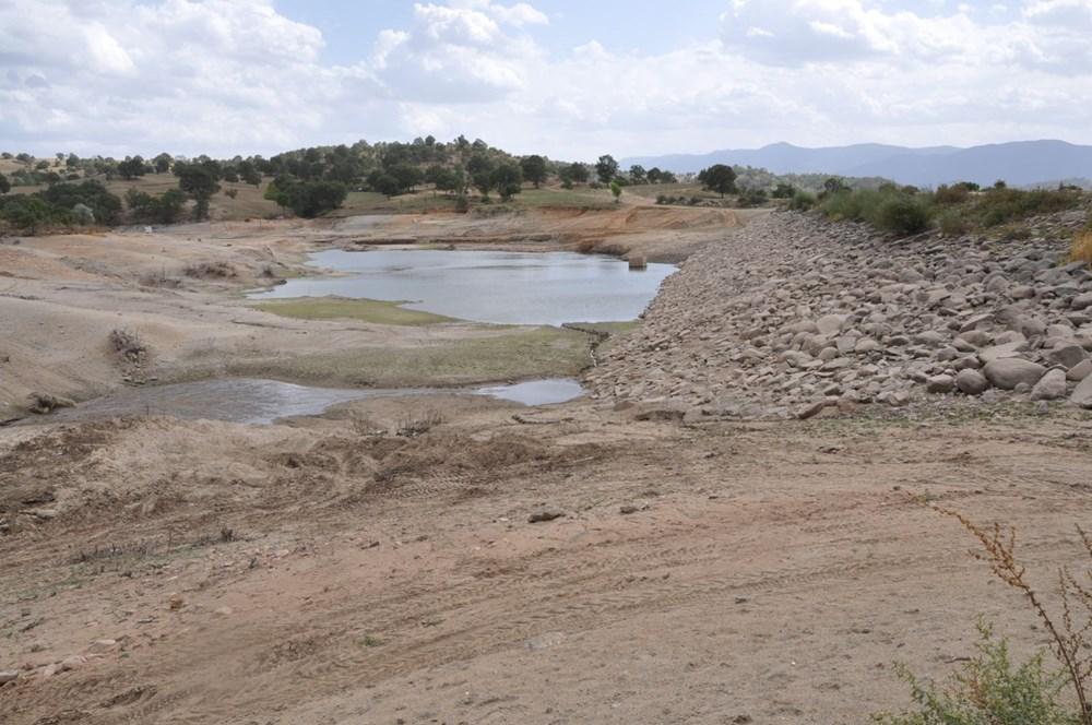 Efir Göleti'inde su seviyesi yüzde 80 azaldı - 7
