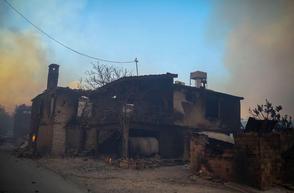 Manavgat'taki yangın evleri kül etti - 2