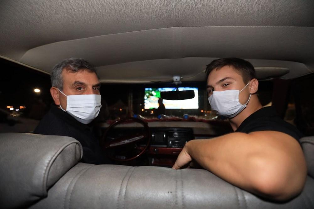 Şanlıurfa'da Naim filmi oyuncusu Hayat Van Eck'in de katıldığı arabalı sinema etkinliği - 2