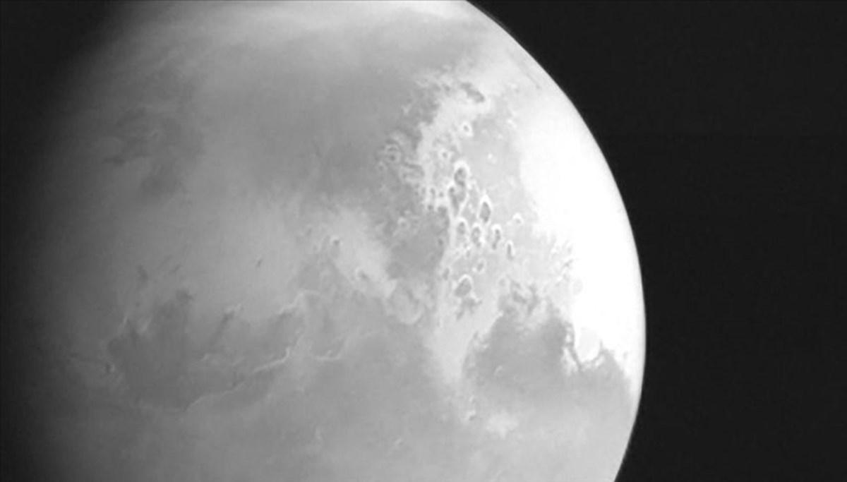 Çin Ay'ın güney tarafına merkez kuracak (Tekno Hayat)