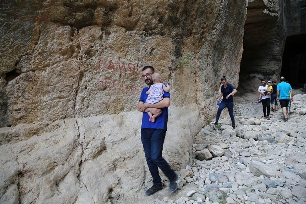 Antik dönemin mühendislik harikası: Bin esire yaptırılan 'Titus Tüneli'ne turist akını - 13