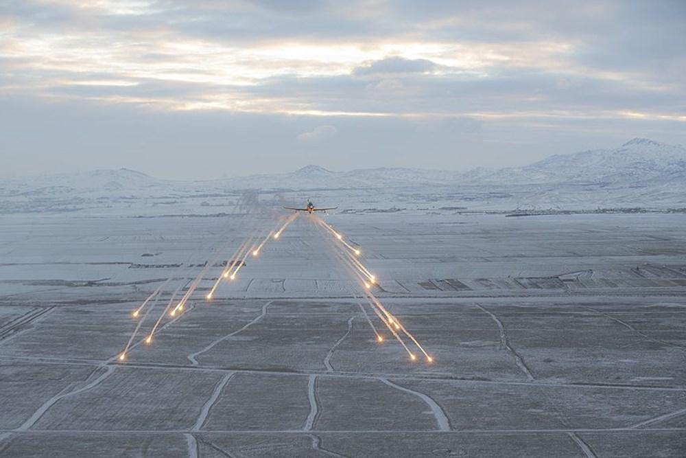 Aksungur tam yüklü mühimmatla 1 günden fazla uçtu (Türkiye'nin yeni nesil silahları) - 130