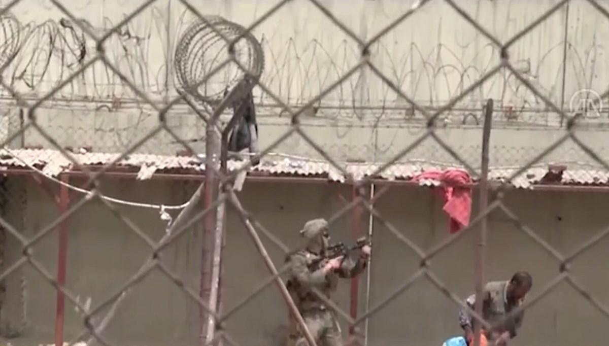NATO: Kabil Havaalanı'nda çıkan izdihamda 17 kişi yaralandı