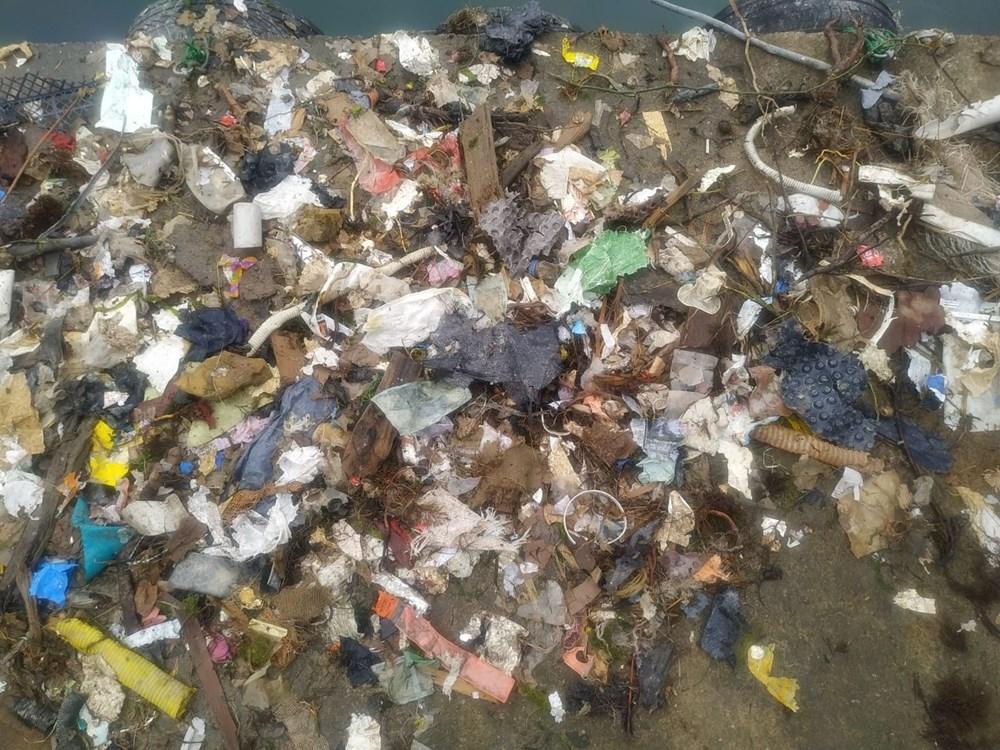 Rize'de balık için denize çıkan balıkçılar, çöp dolu ağlarla dönüyor - 9