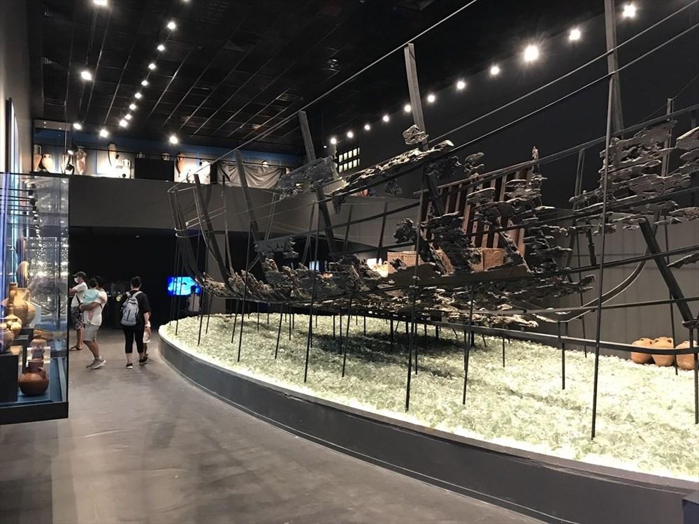 Doğu'dan Batı'ya uzanan deniz ticaretinin izleri cam batıkta - 6