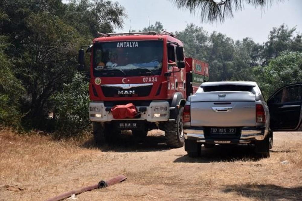 Antalya'da korkutan yangın: Kum taşıdılar - 10