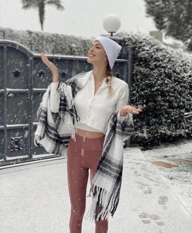 Ünlülerin kar sevinci - 12
