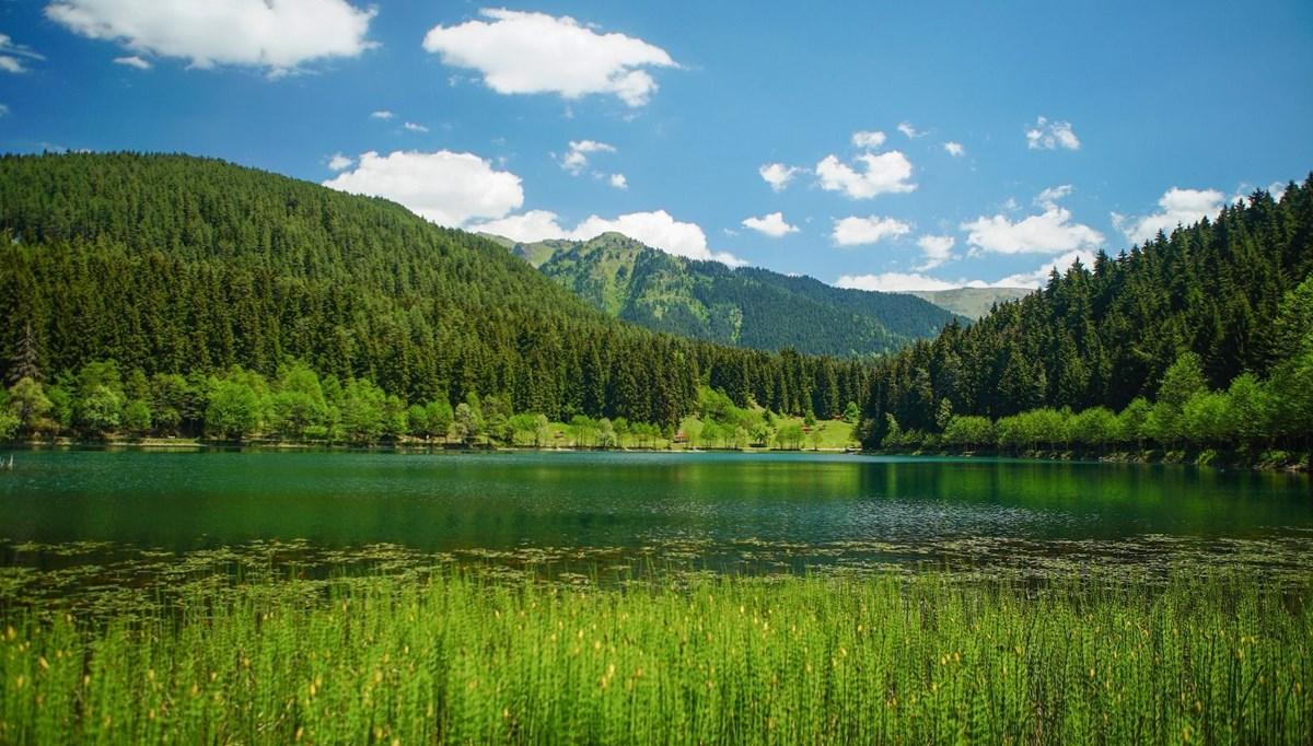 Artvin'in cennet köşesi Şavşat Karagöl ziyaretçilerini bekliyor