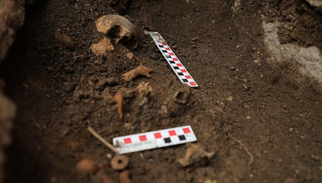 Düzce'deki antik kent kazılarında bebek mezarı bulundu