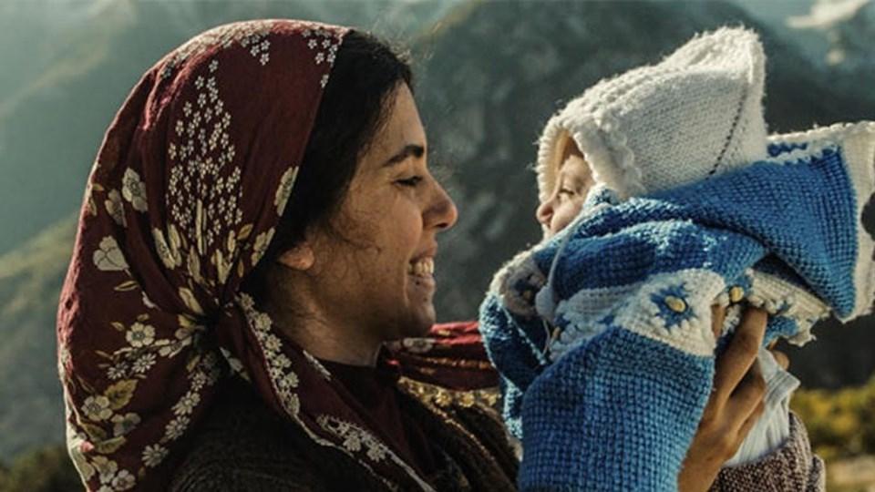 Emin Alper'inKız Kardeşler Ulusal Yarışma bölümünde yer alıyor.