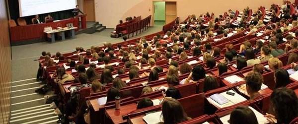 Üniversite öğrencileri yaz aylarında kamu kurumlarında çalışabilecek