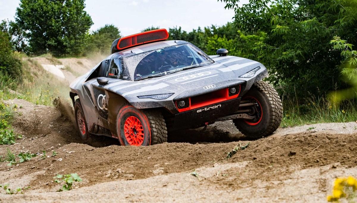 Audi, Dakar Rallisi için elektrik destekli aracını tanıttı